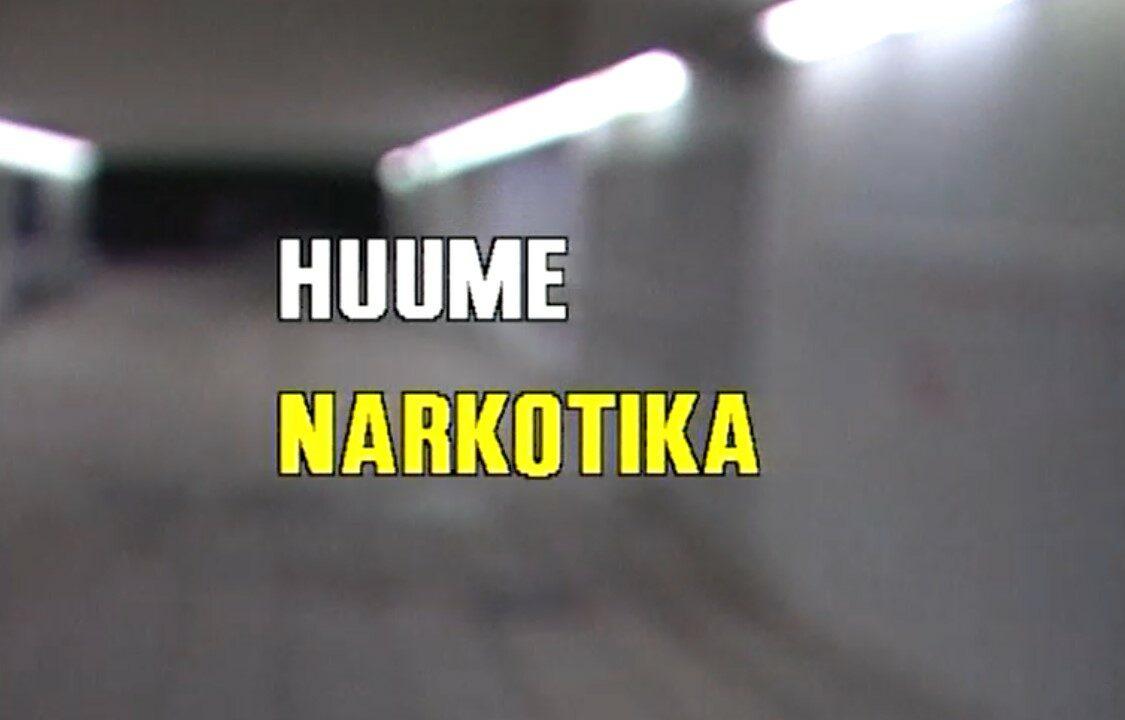 Harmaan taustalla päällä videon nimi suomeksi ja ruotsiksi.